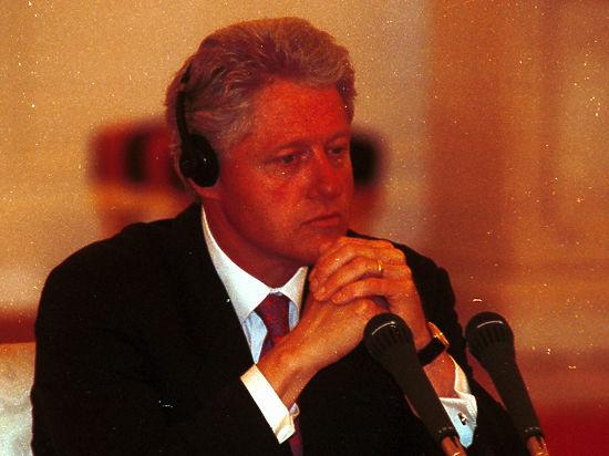 Стало известно ожизни сына Билла Клинтона отпроститутки