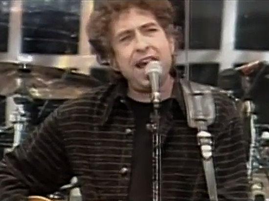 Боб Дилан проспал новость оприсуждении ему Нобелевской премии