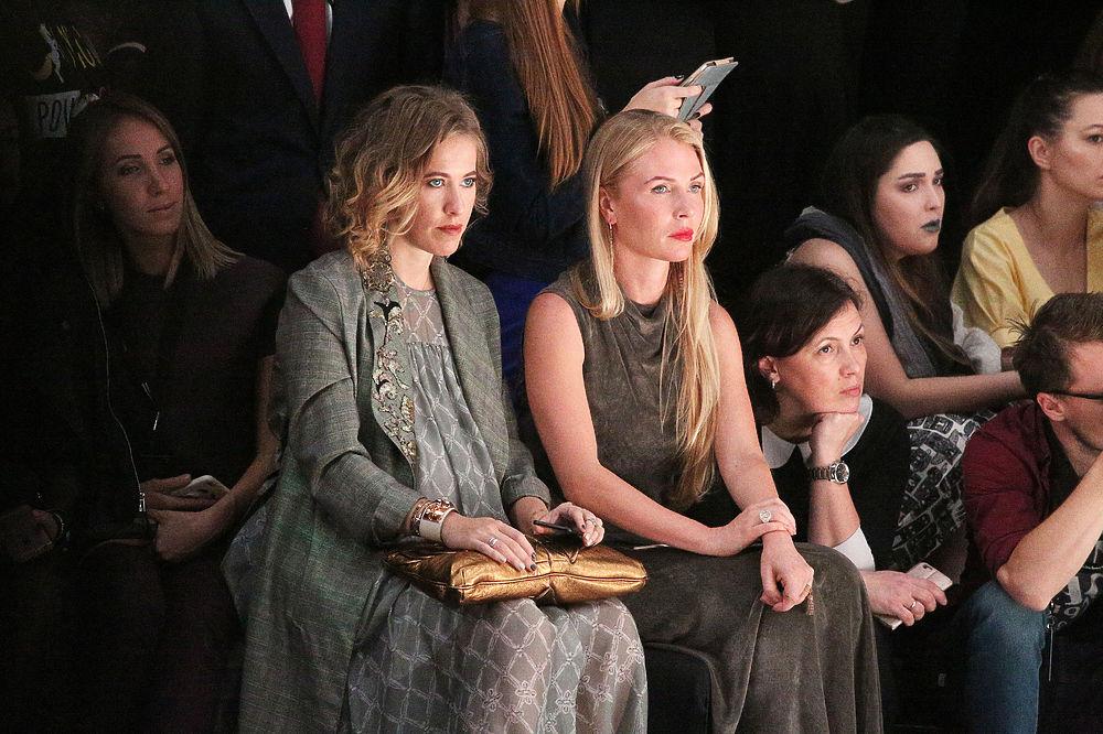 Российские знаменитости посетили показы закрытия Недели Моды в Манеже