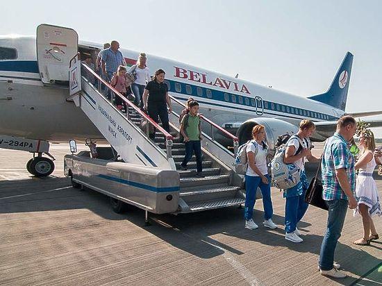 СБУ ответила за белорусский самолет: летчикам не угрожали истребителями