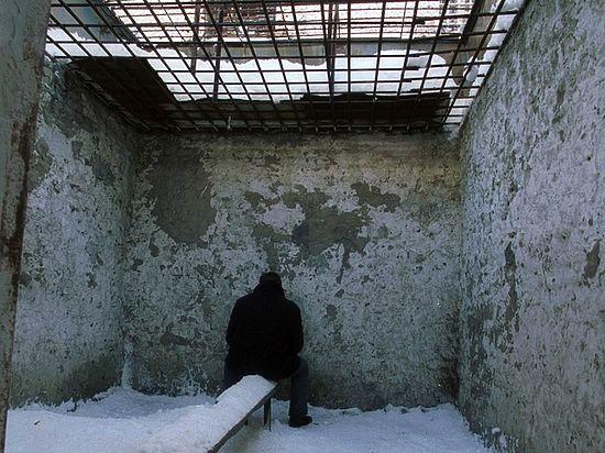 """ФСИН уточнила информацию о побеге заключенного из """"Черного дельфина"""""""
