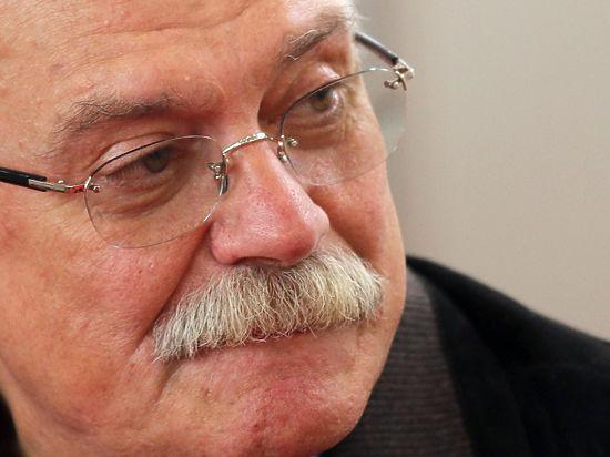 Пресс-секретарь Михалкова пояснила, с чем связан обстрел студии режиссера