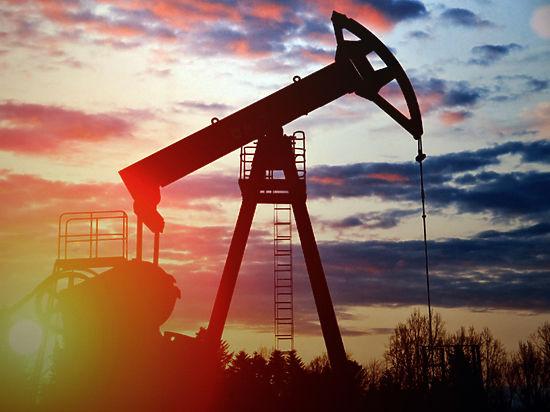 Эксперт: Россия может себе позволить не сокращать добычу нефти
