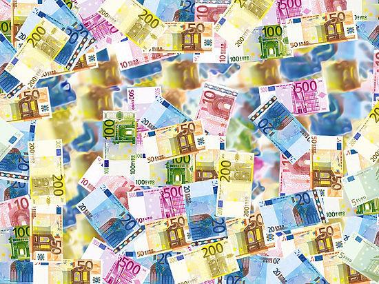 В Европе запретят бумажные деньги