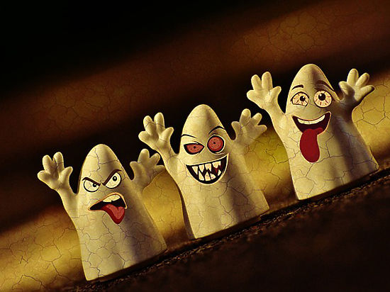 Психолог назвал три главных причины, по которым люди видят призраков