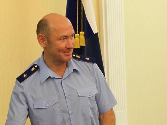 Путин сократил четырех генералов и обвинителя Ленобласти