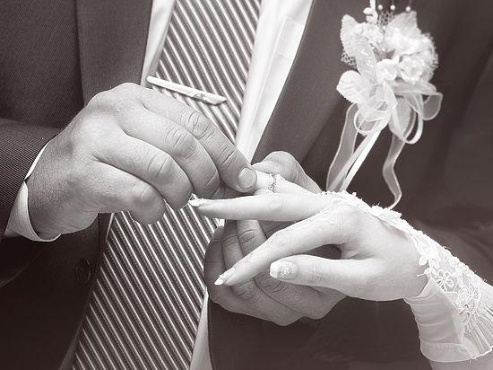 Названы три секрета счастливого брака