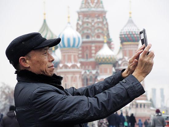 Ленин — дедушка Петра: как в России обманывают китайских туристов