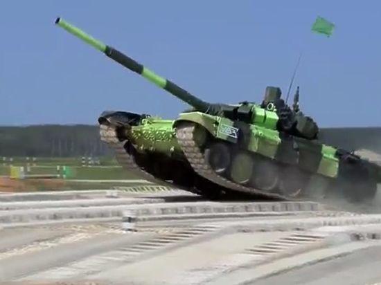 """Британская разведка заявила о супер опасном танке """"Армата"""""""