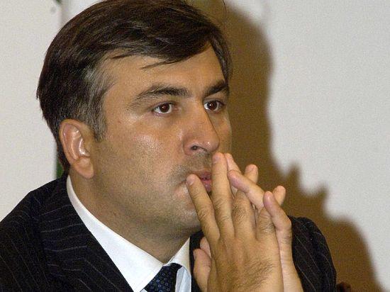 Саакашвили — пиар против политики