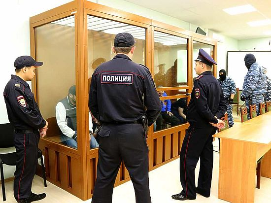 Скандал на суде по убийству Немцова: адвокат самовольно ушла из зала