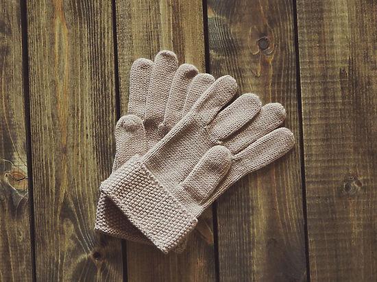 В Подмосковье из продажи изъяли смертельно опасные перчатки