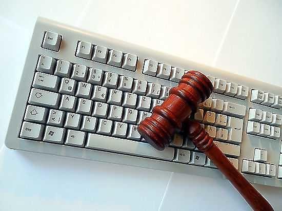 Специалисты США обвинили русских хакеров ватаке наисследовательские центры