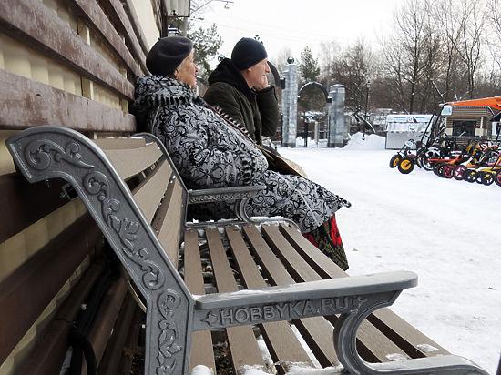 Первые лавочки с обогревом 2016 года оказались холодными