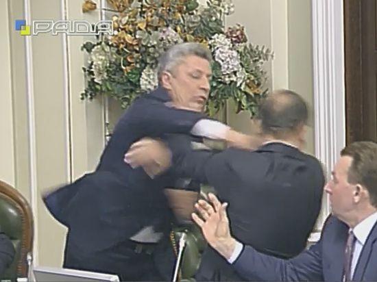 Милиция завела дело пофакту потасовки депутатов вРаде