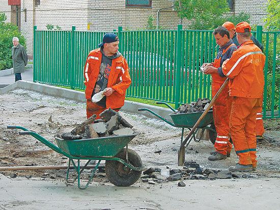 Наказанные благодетели: россиян штрафуют за отремонтированные мосты и дороги