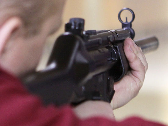 Челябинский школьник застрелил подругу в своем доме