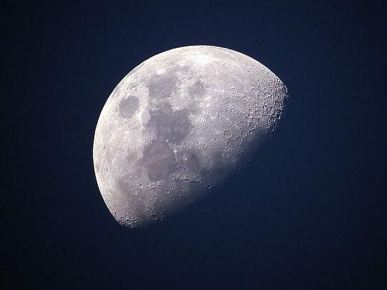 Астрономы: сегодня самый яркий звездопад неудачно совпадает с полной Луной