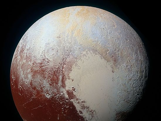 Российский астроном: «Наличие океана на Плутоне напоминает о прошлом Луны»