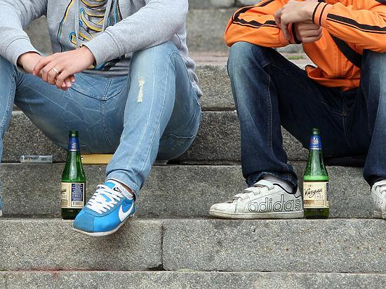 порно пьяную школьницу на вписке онлайн