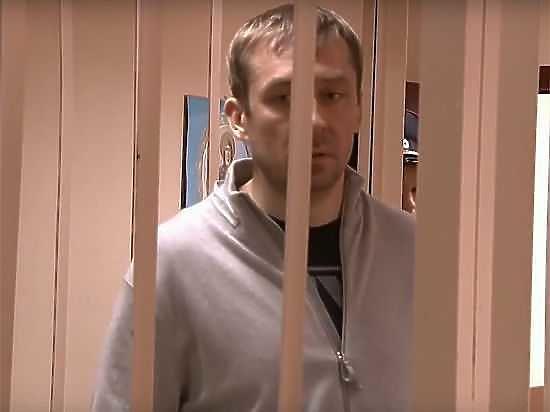 У полковника Захарченко нашли еще миллиард