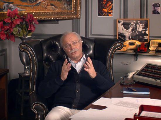 Кортнев высмеял Михалкова в «патриотическом» клипе «Несчастного случая»
