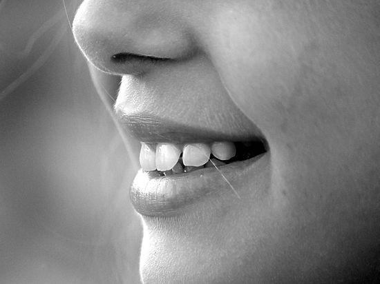 Ученые утверждают, что счастливая интимная жизнь обеспечивает здоровье зубов