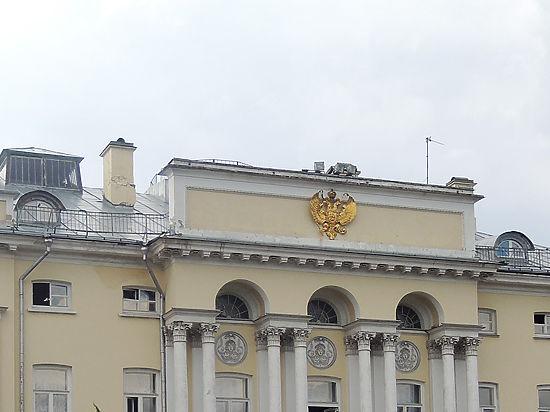 Ученый секретарь РАН заявил, что чиновникам невозможно отказаться от членства