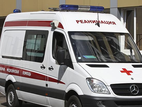 Мужчина сломал себе позвоночник при падении с третьего этажа ГУМа