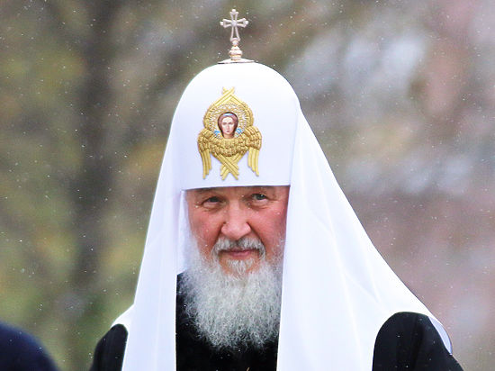 Патриарха Кирилла в черную пятницу заметили в рекламе элитных часов