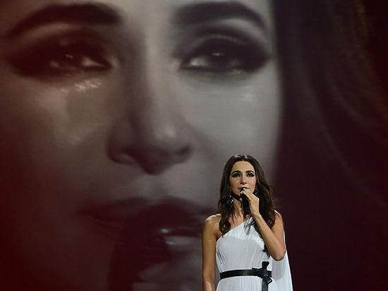 Сексуальное видео русских певиц на концертах