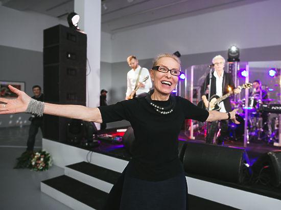 Ольга Свиблова сплясала под песни Дианы Арбениной на юбилее МАММ