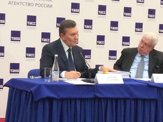 Неудачный допрос Януковича: беглый президент назвал «виновных»