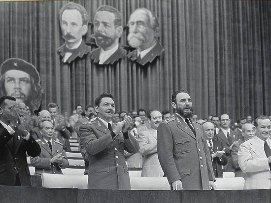 Кастро потратил $350 млн на лечение детей из Чернобыля