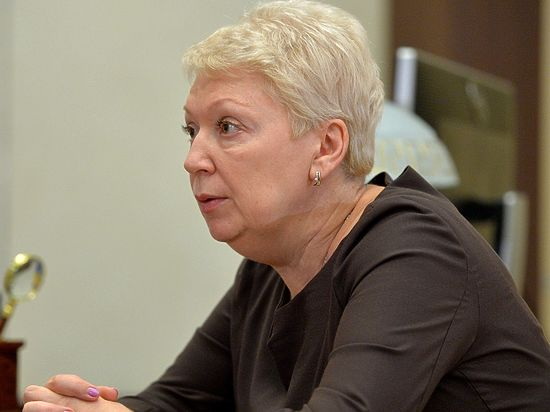 Контрреформа образования: Васильева пообещала вернуть психологов в школы
