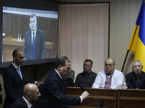 Янукович назвал виновных в развязывании войны на Украине