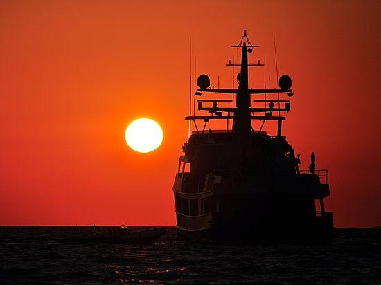 Захарова рассказала о нападении африканских пиратов на судно с россиянами