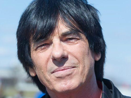 Киркоров приехал с миллионом евро в банк, чтобы Маруани задержали