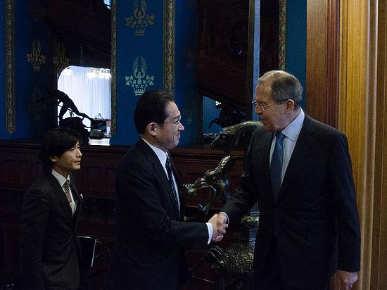 Япония рассчитывает наупрощение визового режима сРоссией
