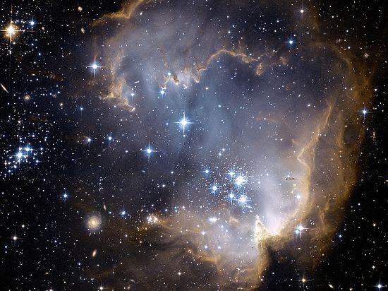 Физики объявили звезду в созвездии Лебедя пристанищем инопланетян
