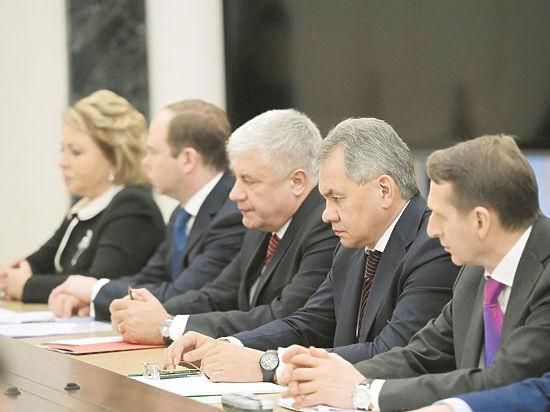 """037342366 4617183 - """"Реагировать на риски"""": Путин обсудил с Совбезом Стратегию экономической безопасности"""