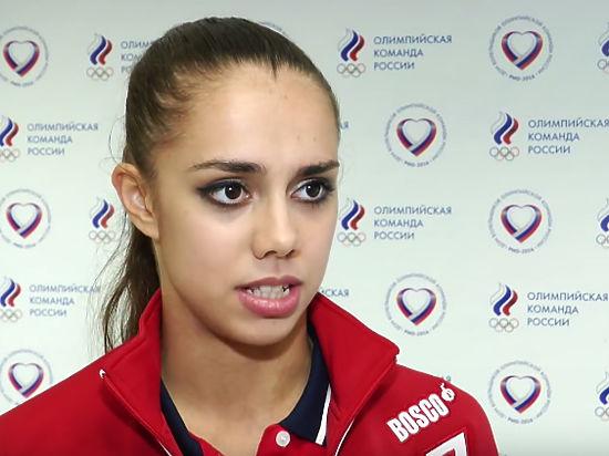 Пловец сделал предложение гимнастке наОлимпийском балу