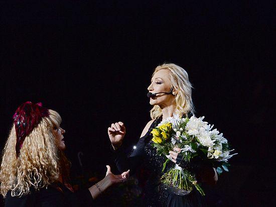 Орбакайте выступила вКремле ссольным концертом