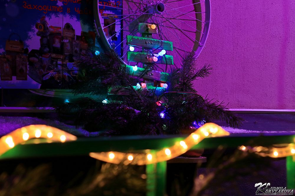 Столицу Карелии начали украшать к Новому году