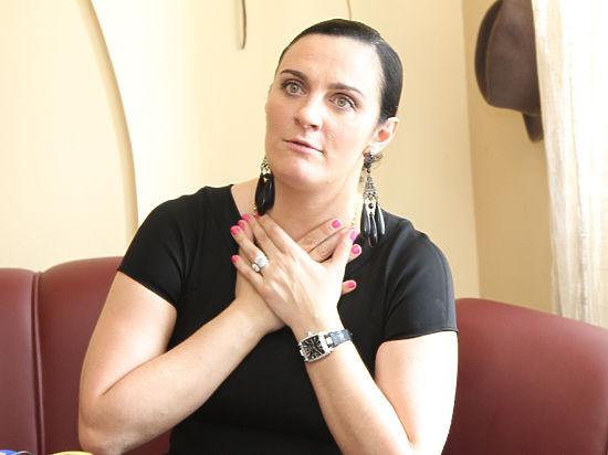 Медсотрудники запретили Елене Ваенге петь из-за осложнений болезни