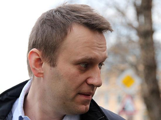 Артемий Лебедев сравнил Навального стуалетной бумагой
