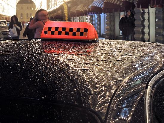 ВЛенобласти замерз насмерть пенсионер, высаженный таксистом поневерному адресу