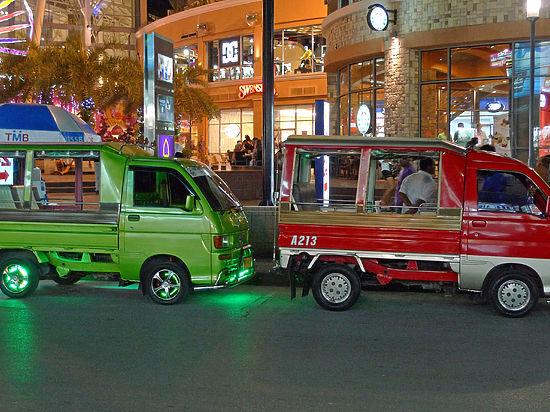 ВДТП смикроавтобусом вТаиланде погибли двое граждан России