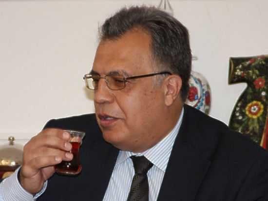 МИД Турции: заубийством русского посла стоит организация Гюлена