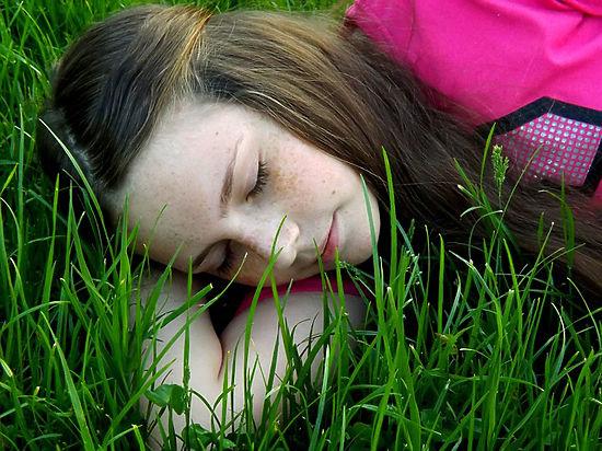 Спать на боку оказалось полезно для мозга